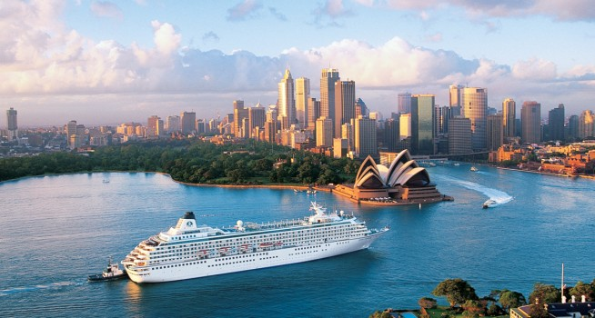 Crystal-Symphony-Sydney-Luxury-Cruise-Ship